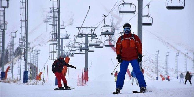 Kayak merkezlerinde yarıyıl tatili ve hafta sonu yoğunluğu
