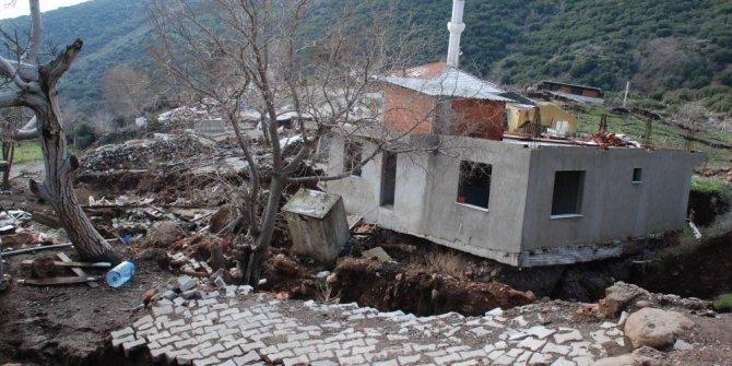 İzmir Valiliğinden heyelan bölgesi açıklaması