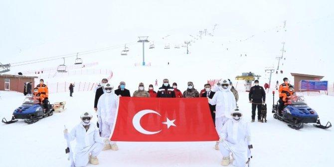 JAK Timleri, kayak merkezinde tatbikat gerçekleştirdi