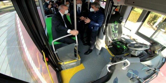 Erdoğan ilk sürücüsüz otobüsü test etti