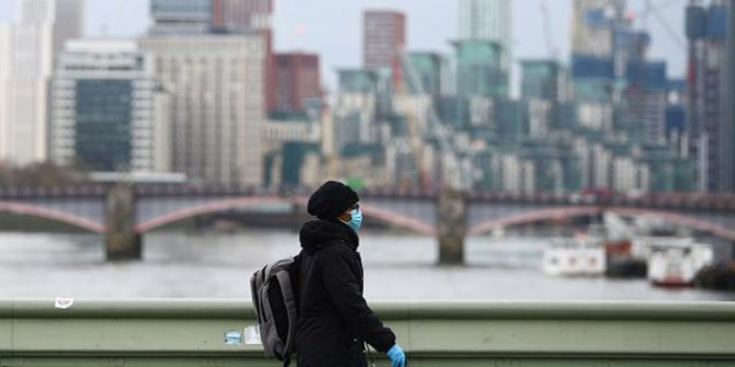 İngiltere'de son 24 saatte 406 can kaybı