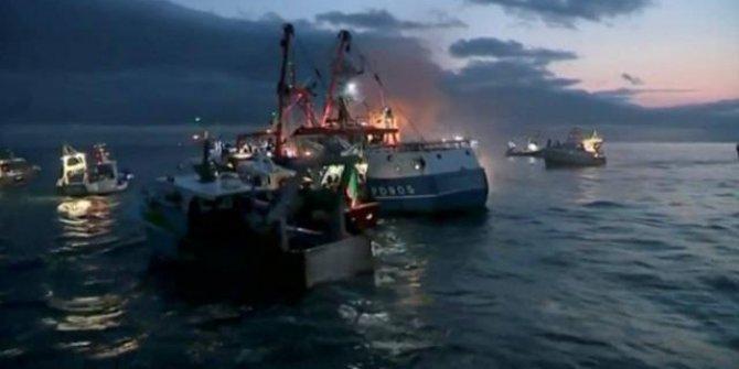 Kolombiya'da tekne kazası: 14 ölü