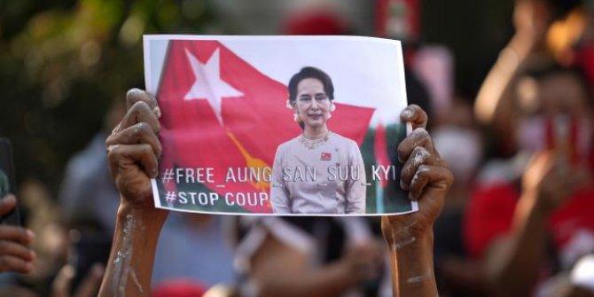 Myanmar lideri Suu Çii için 'serbest bırakılsın' çağrısı