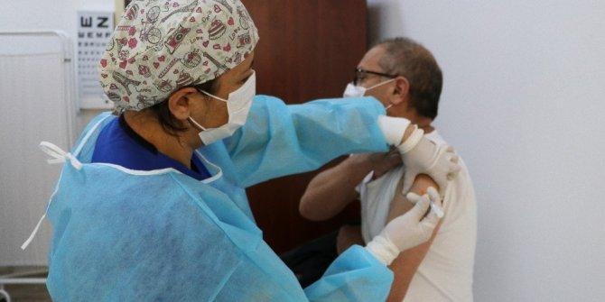 'Aşı yapılan kişi taşıyıcı olabilir'