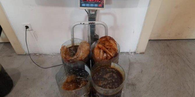 Tırın lastiğine gizlenmiş 176 kilogram kaçak bal ele geçirildi