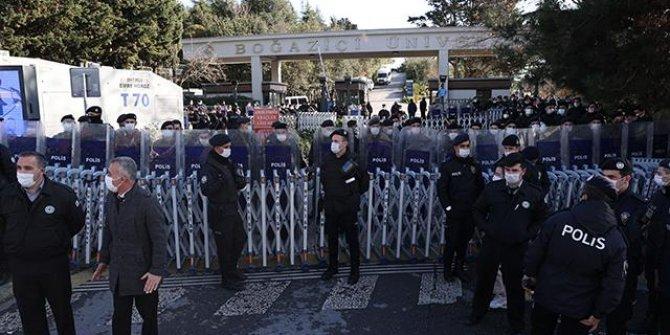 Boğaziçi protestoları: 30 kişi tutuklama talebiyle hakimliğe sevk edildi