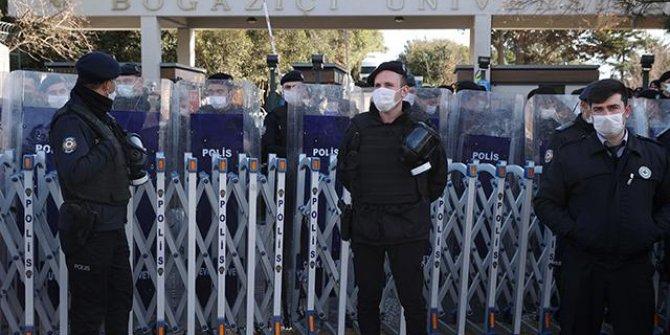 Boğaziçi protestoları: 30 kişi adli kontrolle serbest bırakıldı