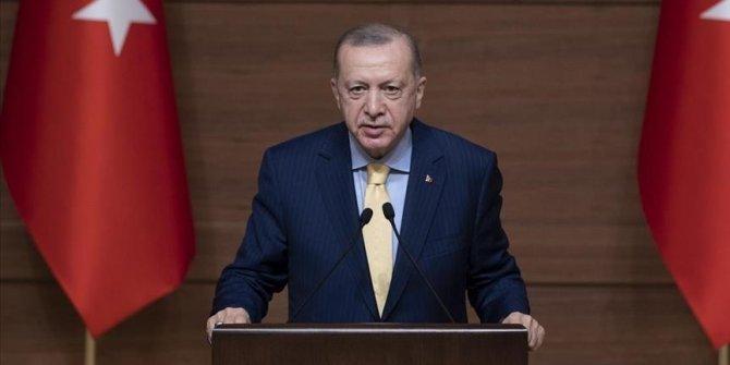"""Erdogan: """"Le taux d'étudiantes dans les universités, qui était de 42%, est passé l'an dernier à 49%"""""""