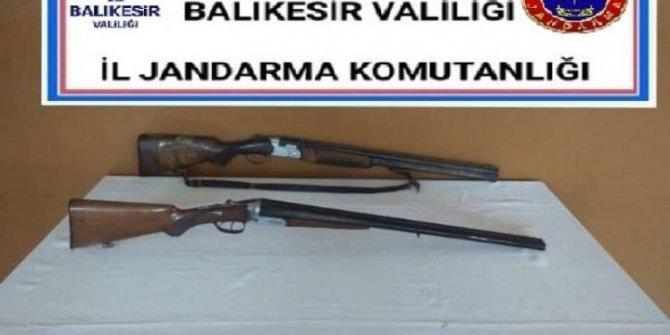 Balıkesir'de jandarma 14 aranan şahıs yakalandı