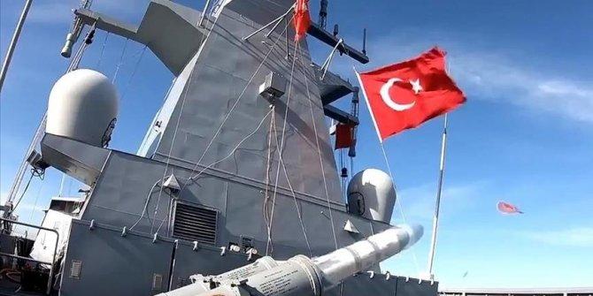 Turquie: Le missile téléguidé de fabrication turque Atmaca testé avec succès en mer