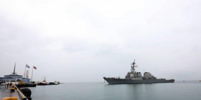 ABD savaş gemisi Batum Limanı'na demir attı