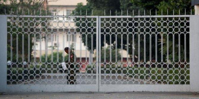 Myanmar'da mobil internet erişimi de askıya alındı