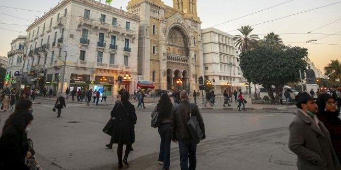 Fas, Tunus ve Cezayir'de can kayıpları artıyor