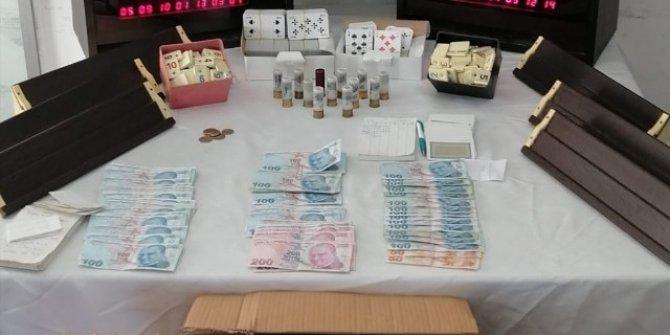 Kumar masasında yakalanan 9 kişiye 43 bin lira para cezası