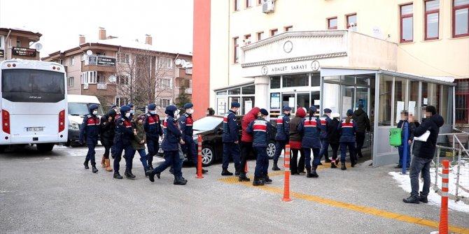 Çağrı merkezi dolandırıcılarından 11'i tutuklandı