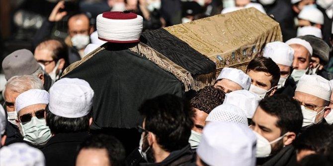 Istanbul: Klanjan dženaza-namaz turskom učenjaku M. Eminu Saracu