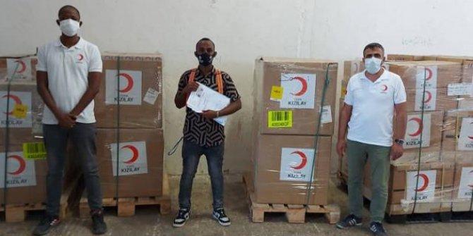 Türk Kızılay Somali'ye 10 ventilatör bağışladı