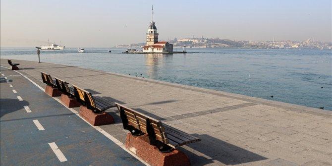 Turska: Puste istanbulske ulice tokom policijskog sata