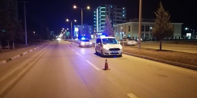 Konya'da kamyonetin çarptığı yaya ağır yaralandı