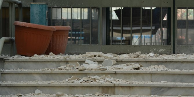 Turkey offers Greece support after quake