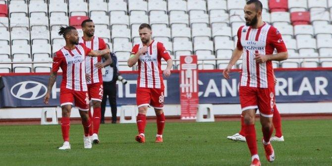 Antalyaspor yenilmezlik serisini sürdürdü