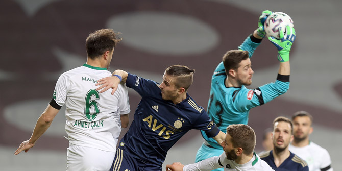 Konyaspor evinde 5 maç sonra gol yedi
