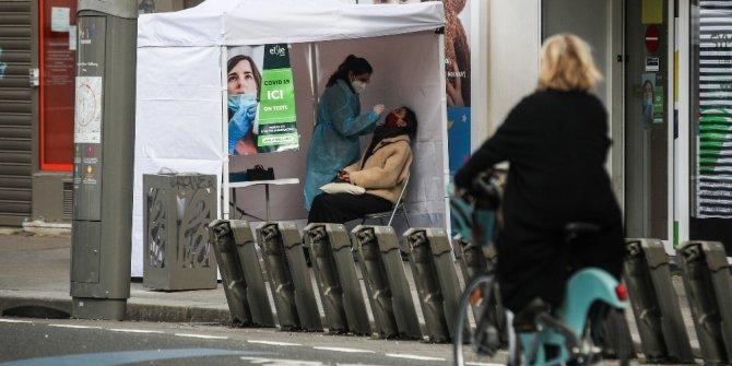 Fransa'da son 24 saatte 15 bin 792 yeni vaka
