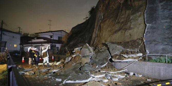 Japonya'daki depremin büyüklüğü 6,9 olarak güncellendi