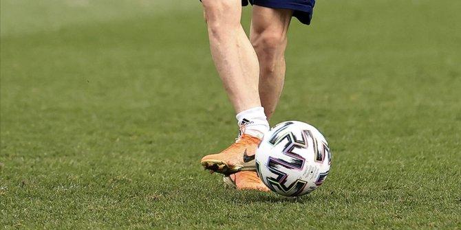 Fenerbahçe Futbol Takımı'nda bir oyuncunun Kovid-19 testi pozitif çıktı