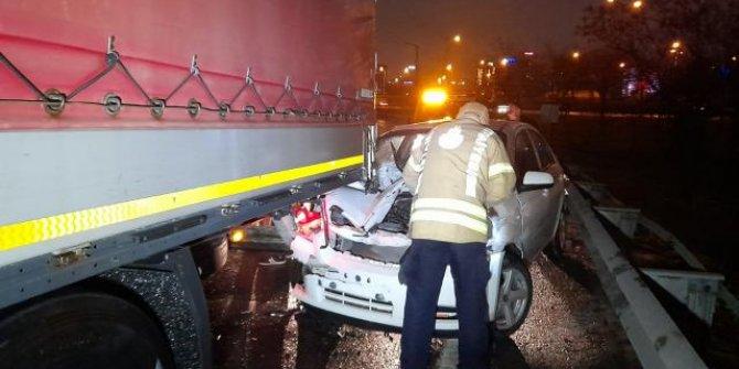 TEM Otoyolu'nda iki ayrı kaza: 3 yaralı