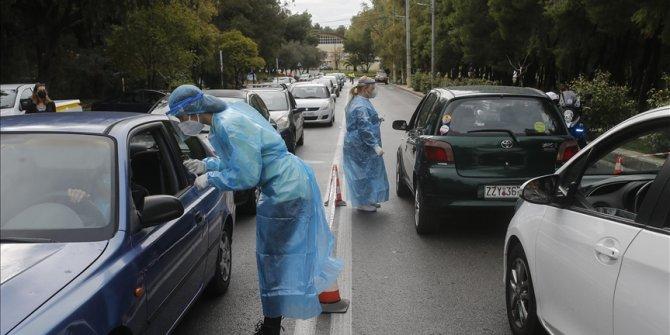 """Doktorların Kovid-19'la mücadeleye katılması için """"seferberlik"""" ilanı"""