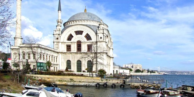 Dolmabahçe Mosque is 166 years old