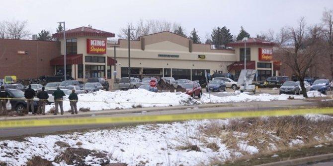Süpermarkete silahlı saldırı: 1'i polis 10 ölü