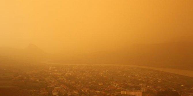 Güneydoğu'da toz taşınımı ve çamur yağmuru uyarısı