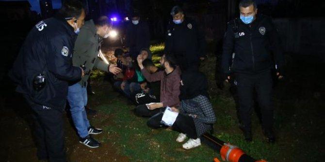 Polisten kaçan göçmenler patates tarlasında yakalandı