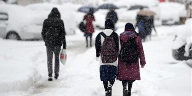 Konya'da eğitime kar engeli! Bir gün ara verildi