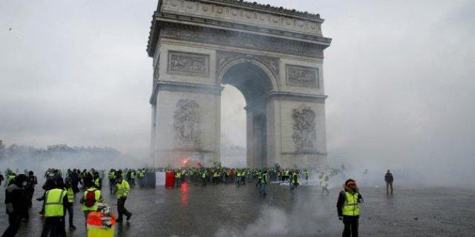 Fransa'da bir polise daha sarı yelekliler soruşturması