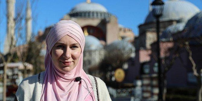 Müslümanlıkla tanışan İngiliz, şimdi sosyal medyada İslam'ı anlatıyor