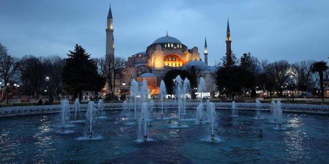 Bugün Ramazan'ın müjdesi Berat Kandili