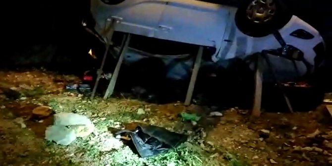 Otomobil 20 metreden uçtu; sürücü öldü