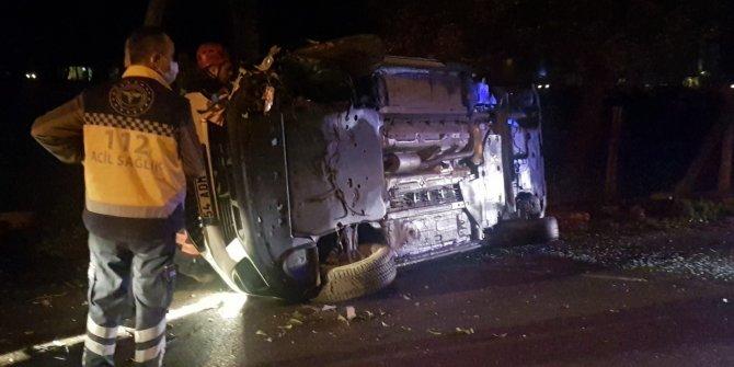 Alkollü sürücünün ağaca çarptığı araç yan yattı: 1 yaralı