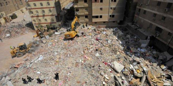 Mısır'da çöken binada can kaybı 23'e çıktı