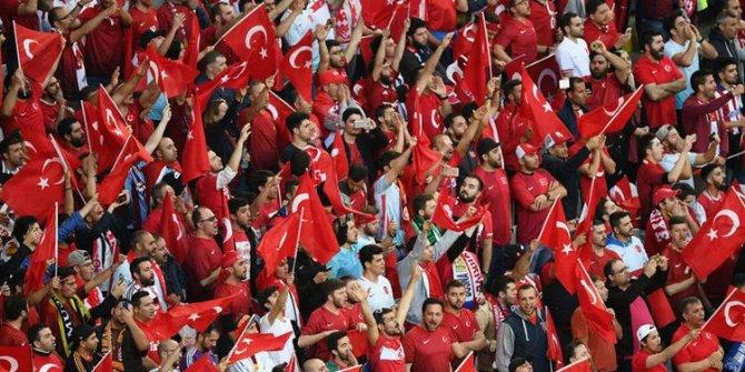 Türkiye Letonya maçına seyirci alınmayacak!