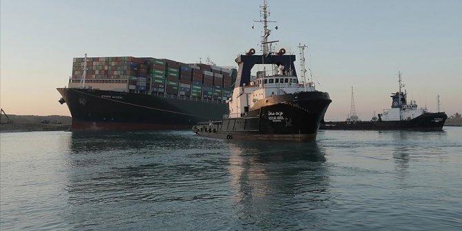 Süveyş Kanalı'nda gemi geçişleri normal seyrediyor