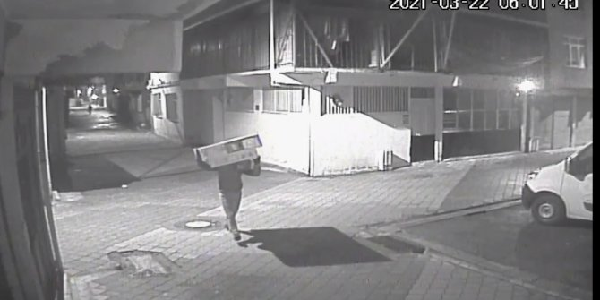 Kamyondan televizyon hırsızlığı kamerada