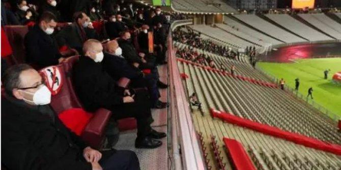 Erdoğan, A Milli Takım'ı Letonya maçında yalnız bırakmadı