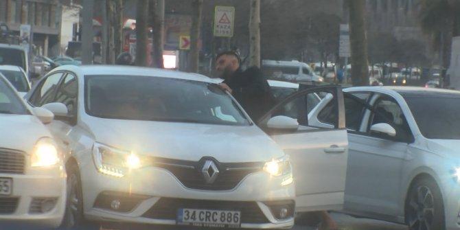 Trafik magandası tartıştığı sürücüyü darp etti