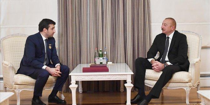 Azerbaijani leader receives Turkish defense officials
