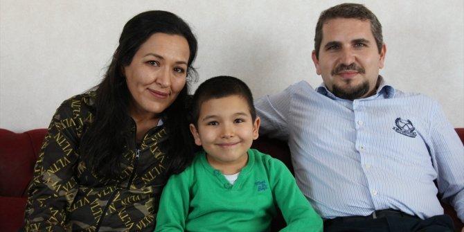 Otizmi yenen Mert Ege, ailesinin mutluluk kaynağı oldu