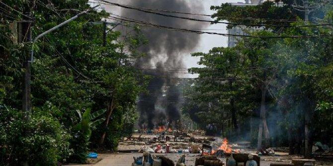 Myanmar ordusundan Karen'e hava saldırıları: 12 bin kişi yerinden oldu